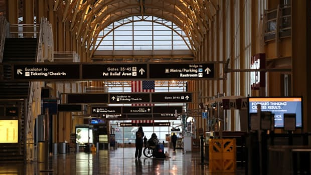 Two Washington, D.C. Airports Head in Different Directions