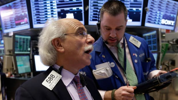 Stock Market Today: Stocks Decline as Investors Remain Uneasy