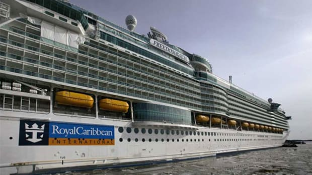 Royal Caribbean Sets a Better Course for 2014