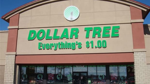 How to Trade Shares of Dollar General, Dollar Tree Amid Deal Drama