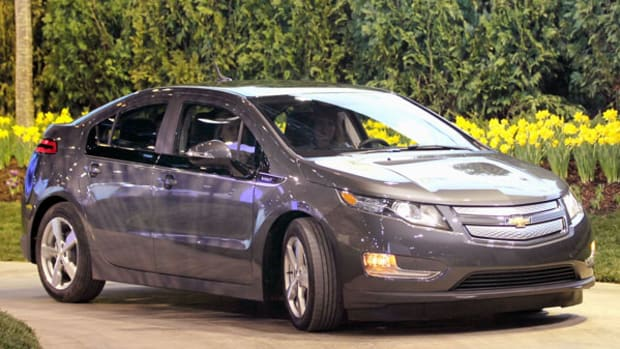 Chevy Volt 2.0 vs. the Tesla Gen 3 Launch Strategy