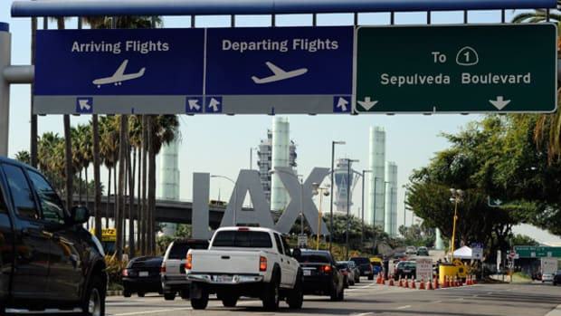 Note to LAX: Losing Toyota Is on You - Get a Real Hub
