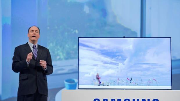 CES: Samsung Touts TVs, Takes Shot at Apple