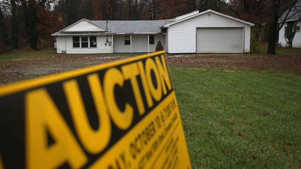 Share of Cash Home Sales Jumps to 42% in November