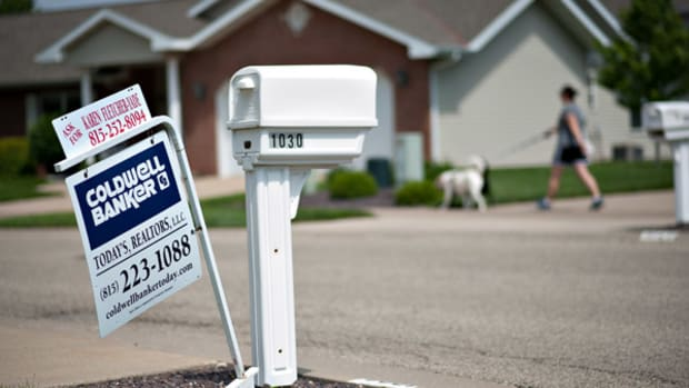 Rate Rise Cuts Refi-Eligible Borrowers by Half