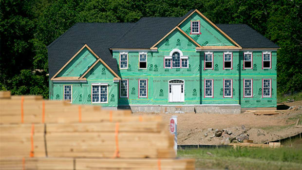[video] Building Permits Jump to 1.03 million in October (Update 1)