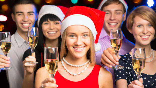 How to Handle Holiday Parties at a Small Business