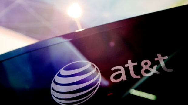 AT&T Buys Alltel US For $780M