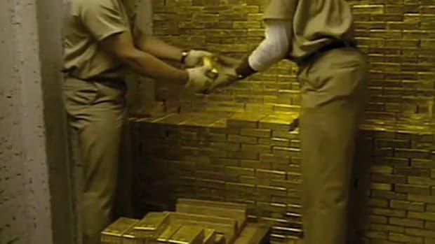 Gold Prepares for Job Report