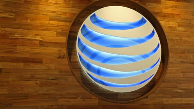 AT&T CEO Says Large Telco M&A Unlikely