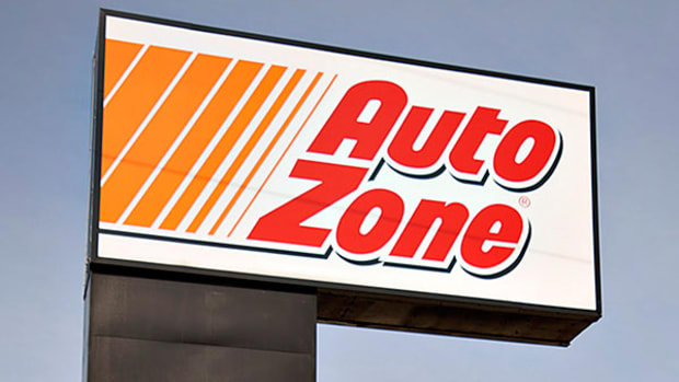 How to Invest Ahead of Earnings Reports: Autozone, Big Lots, PetSmart