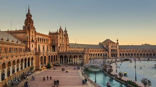 Credit Suisse Slashes Spanish Lender Banco Popular's Target Price