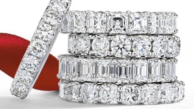 It's Cyber Monday and Blue Nile Sees Millennials Out There Shopping for Diamonds