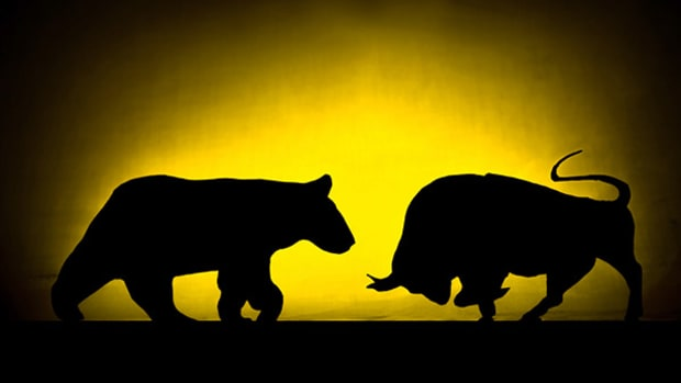 Why Friday's Bounce Didn't Derail the Bearish Trend in Stocks