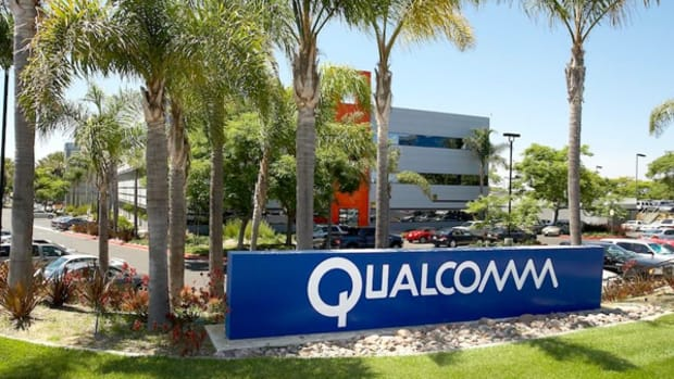 Cramer: Trump's Anti-China Rhetoric Puts Qualcomm/NXPI Deal at Risk