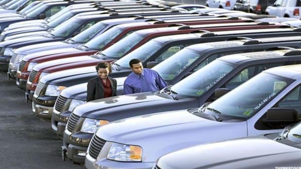 September Auto Sales Show Slight Dip