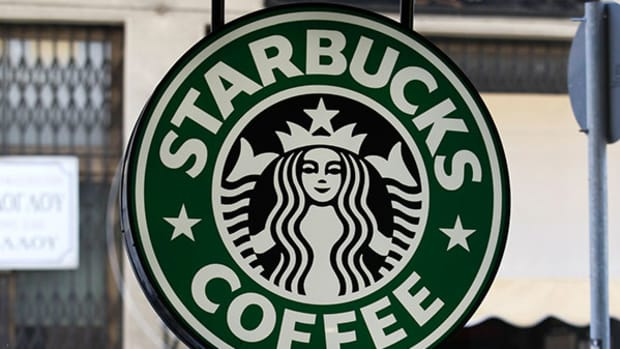 Dip in Price Makes Starbucks a Good Play, Despite Disappointing Earnings