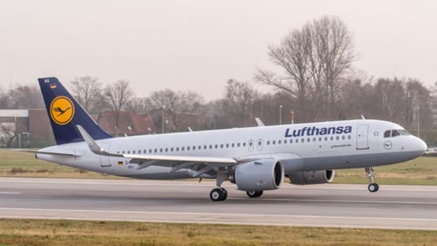 Lufthansa Leads European Airlines Higher After Bullish CEO Statements