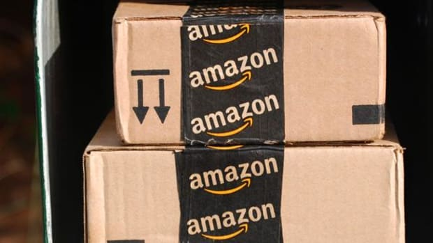 American Apparel Could Help Amazon Appease Trump, Say Pundits