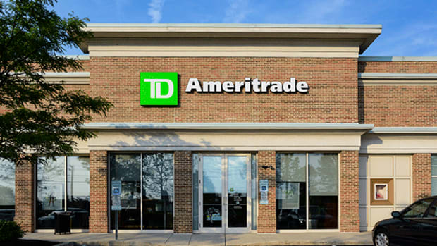 TD Ameritrade CEO: Here's How Love for Big Tech Stocks Like Apple Has Helped Us