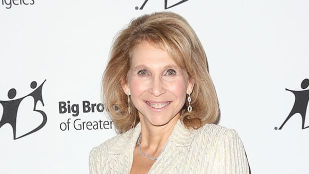 Viacom Gains on Report Shari Redstone's Position Is Secure in Family Trust