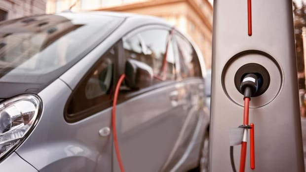 Wanna Play the Growth in Electric Vehicles? Moody's Says Look at Power Companies