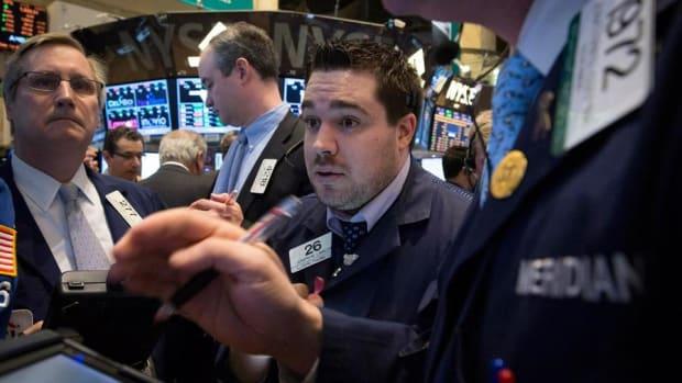 Midday Report: HSBC Settles Subprime Lawsuit; U.S. Stocks Slide