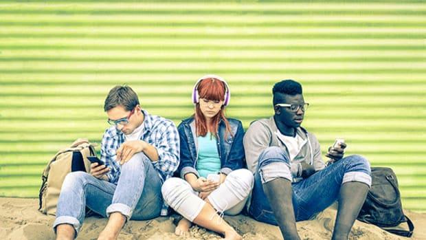 10 Ways Millennials Struggle Around the World