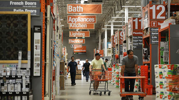 Can Home Depot Hammer Out Solid Results Tuesday?