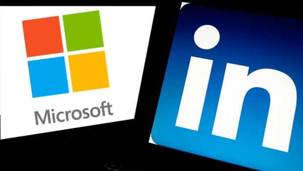 Why Microsoft Investors Should Be Happy With the LinkedIn Acquisition