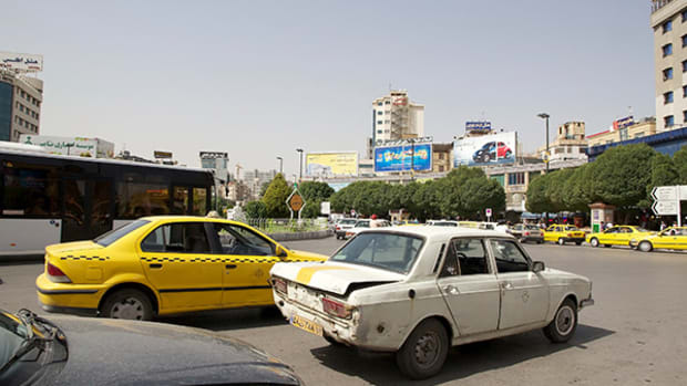 Iran, With Help From French Automakers, Is Poised to Modernize Its Auto Industry
