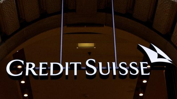 DeVry Education (DV) Gets 'Outperform' Rating at Credit Suisse