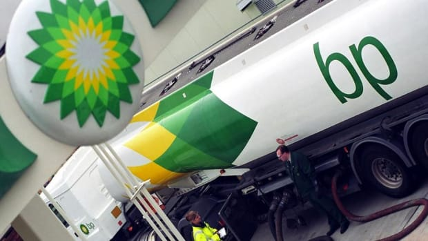 BP Reports Unexpected Profit, DuPont Releases Earnings Early