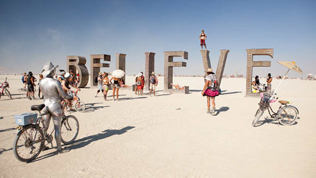 Silicon Valley Is Ready to Cut Loose -- and Unplug -- at Burning Man -- Tech Roundup