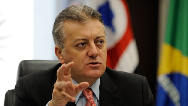 Former Petrobras CEO Bendine Arrested in Bribe Probe