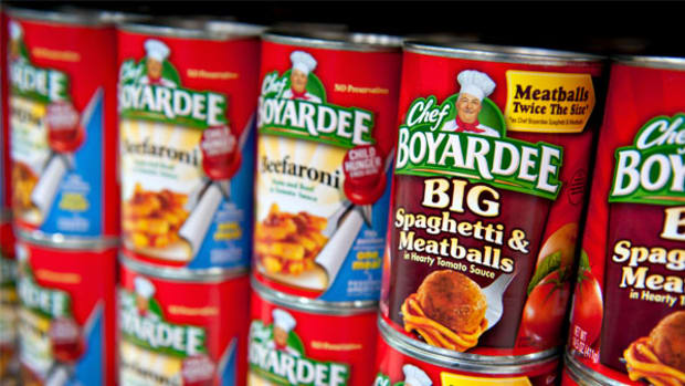 Buy ConAgra for Its Solid Brands, Decent Dividend