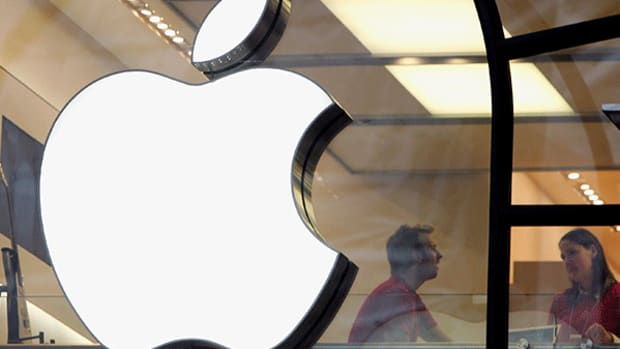 These 8 Vintage Apple Products Are Now Worth a Lot of Money