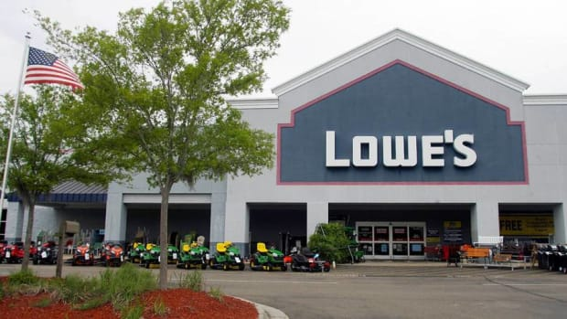 Lowe's Q4 Results Weren't as Strong as Home Depot