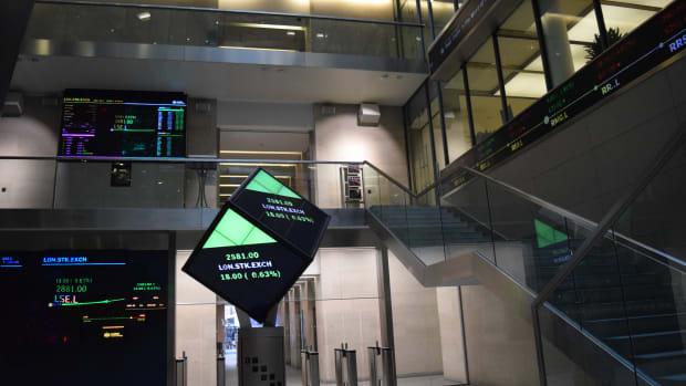 Oil Stocks, Banks Boost European Markets on Long-Awaited OPEC Deal