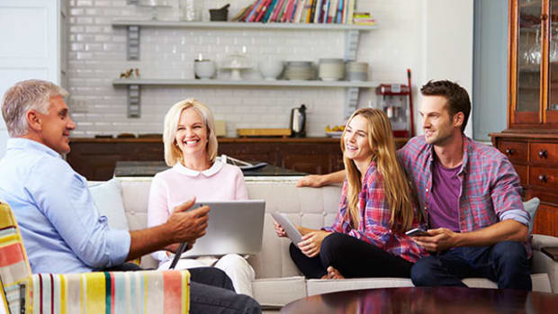 Family Financial Meetings Should Have a Place on Your Calendar
