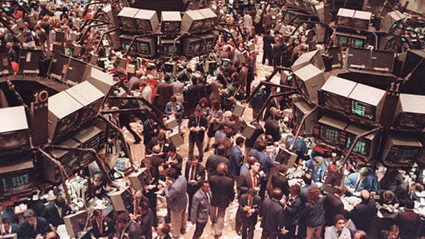 The Stock Market May Be Poised for a Replay of the 1987 Crash