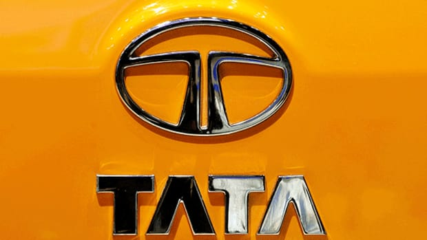 Tata Motors Unit Unveils Indian-Built Manufacturing Robot