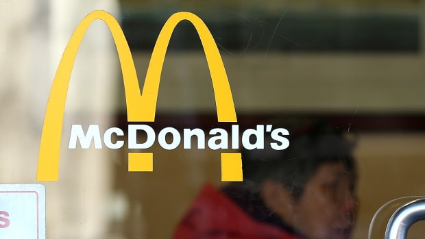 How Will McDonald's (MCD) Stock React to Temporarily Closing Headquarters Due to Protests?
