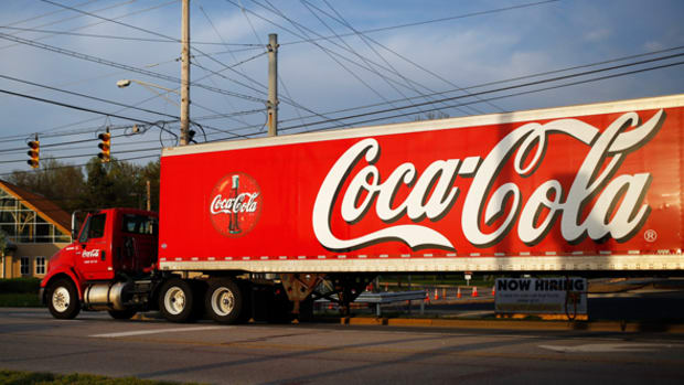 After a Refreshing Pause, Coca-Cola Is Poised for a Pop