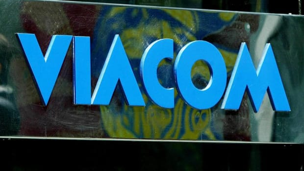Midday Report: Another C-Suite Shakeup at Viacom; U.S. Stocks Climb Ahead of Fed