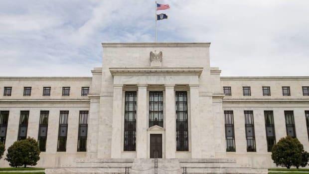 Treasury Yields Stuck Despite Fed's Best Effort
