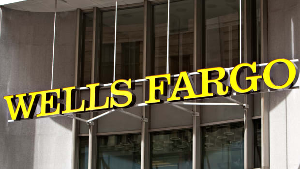 Wells Fargo (WFC) Stock Closed Down, Goldman: Costs Should Be 'Manageable'