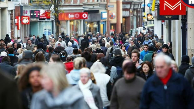 Consumer Confidence Slides in October, Partly Due to Election
