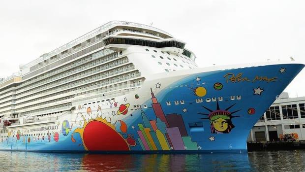 Norwegian Cruise Line Shares Tank on Weaker Guidance
