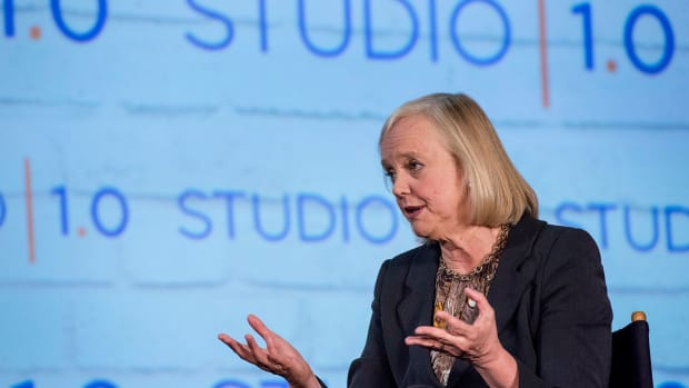 HPE Shares Tank on Earnings and Meg Whitman Departure News: 7 Key Takeaways